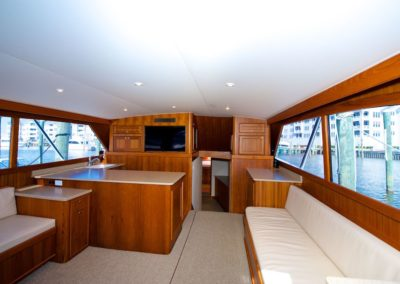 bi-op-sea-fishing-charter-interior